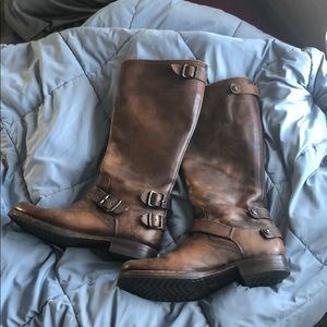 Frye Veronica back zip tall boots brown 9